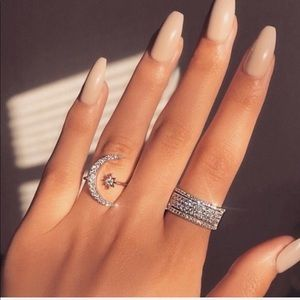 NEW! Crescent Moon and Star Ring Midi Ring